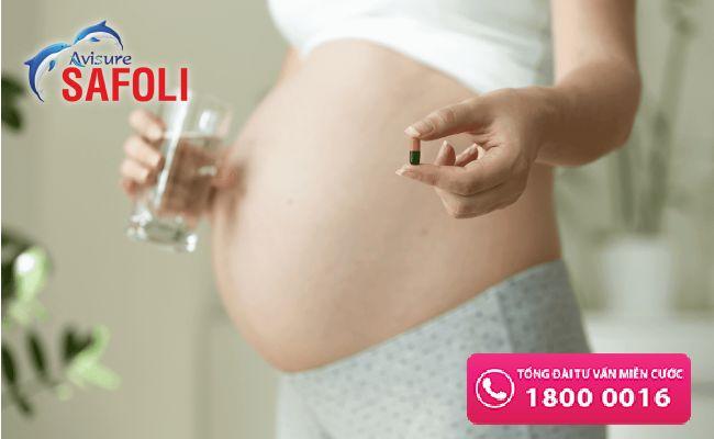 Bà bầu cần bao nhiêu axit folic mỗi ngày
