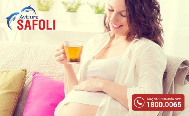 Giảm triệu chứng cảm cúm khi mang thai bằng trà gừng mật ong