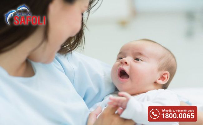 Bổ sung canxi cho trẻ sơ sinh qua sữa mẹ có được không?