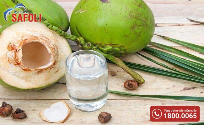 Dinh dưỡng trong nước dừa rất tốt cho phụ nữ mang thai